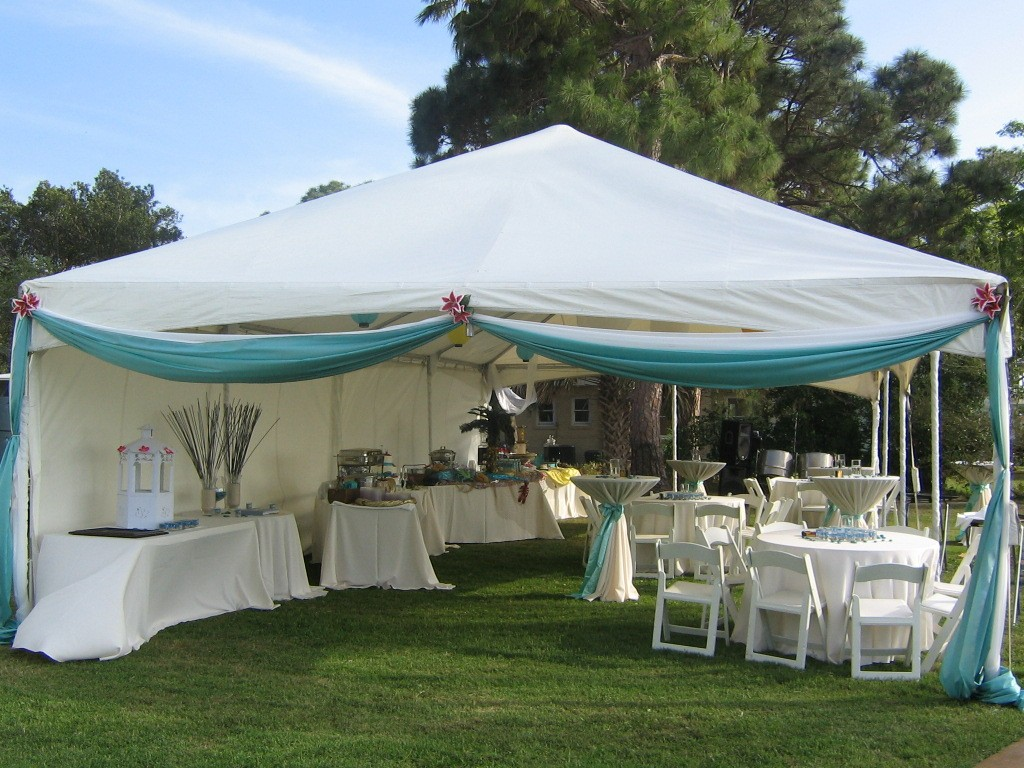 20x40_Sidewalls_Cocktail Tables_Buffet Tables_Linens