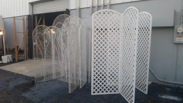Where to find WICKER HEART SCREEN  3 PCS in St. Petersburg