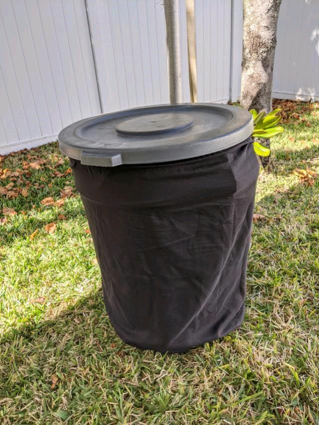 Where to find CATERING-Black trash can cover in St. Petersburg