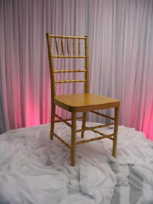 Where to find Chiavari Chair- Natural in St. Petersburg