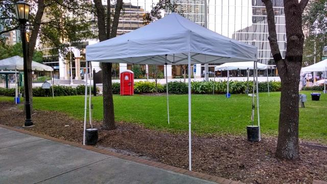 Where to find Pop-up 10x10 Shade Canopy in St. Petersburg